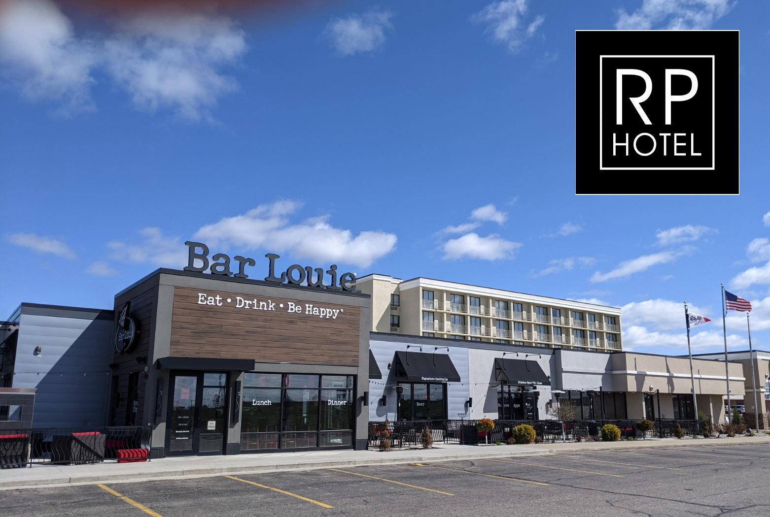 Holiday Inn Sioux City IA Exterior with logo