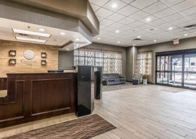 Omaha NE Comfort Inn SW Omaha I 80 Lobby 1