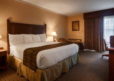 Galesburg IL Best Western Prairie Inn Guest Room 2