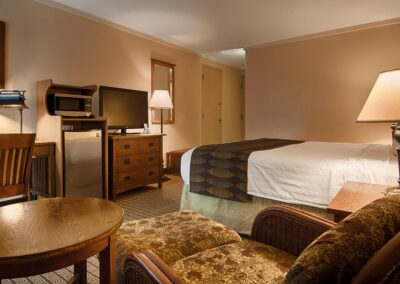 Galesburg IL Best Western Prairie Inn Guest Room